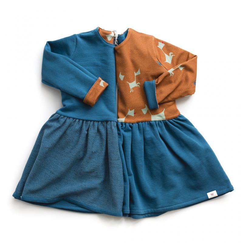 Odette, la robe bleue et chiens