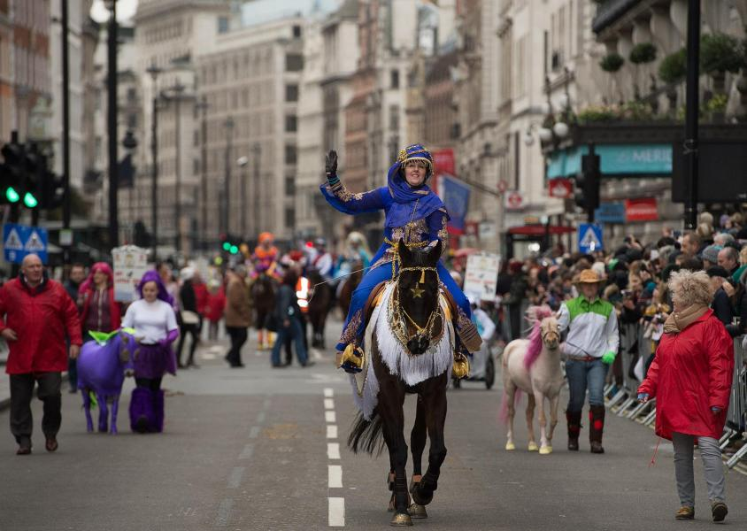 La Parade de Nouvel an 2017 à Londres ( New Year's Day Parade )