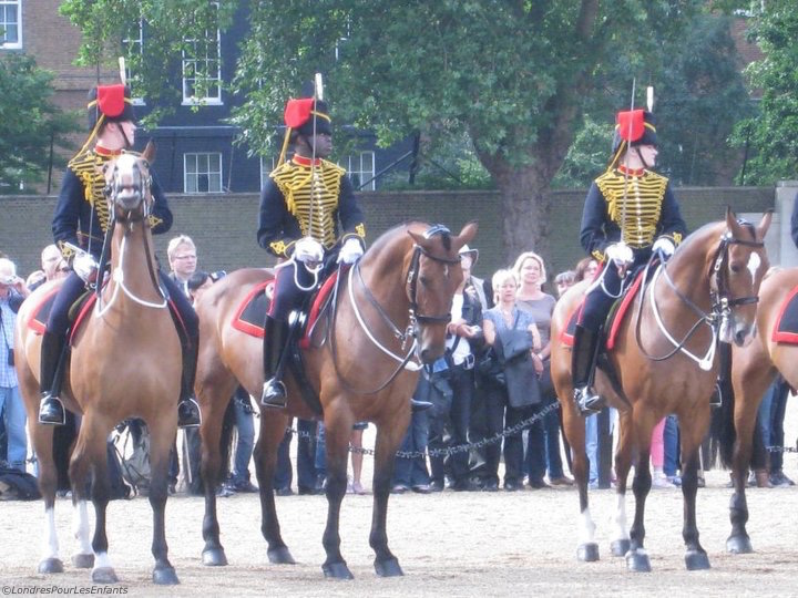 Horse guards Londres pour Les Enfants