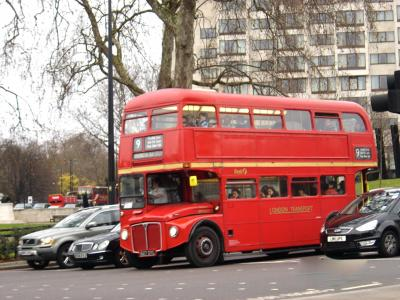 Bus London 9