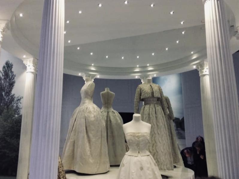 5 bonnes raisons d'aller voir l'exposition Dior au V&A