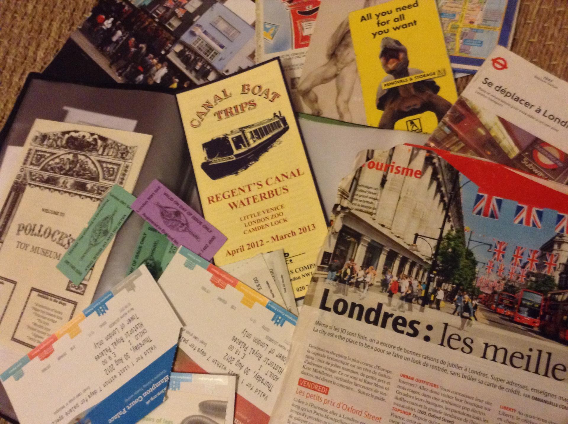 Garder ses souvenirs dans des carnets de voyages
