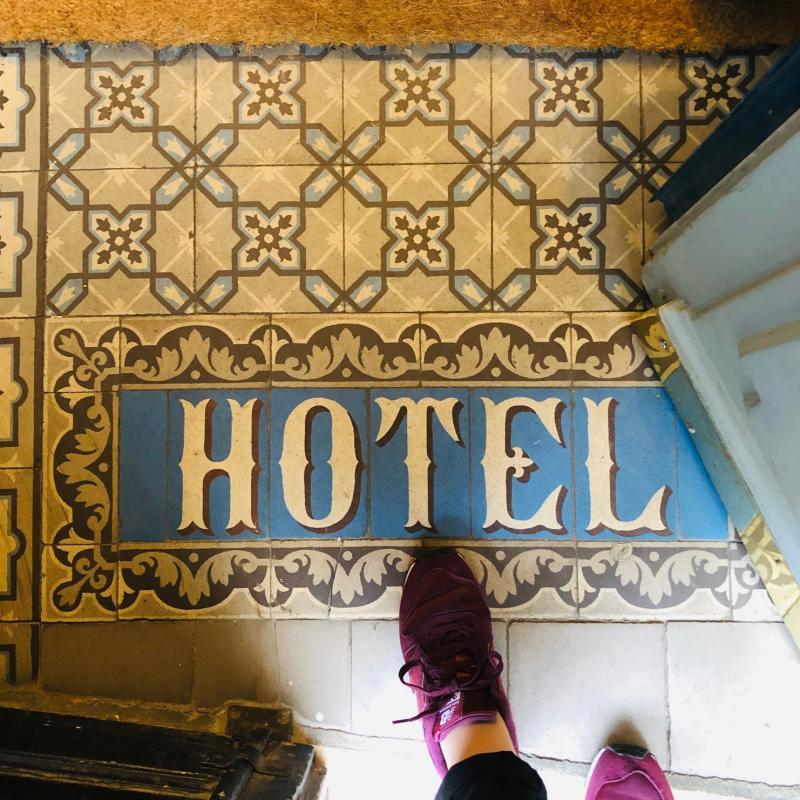 Les hôtels et moi....