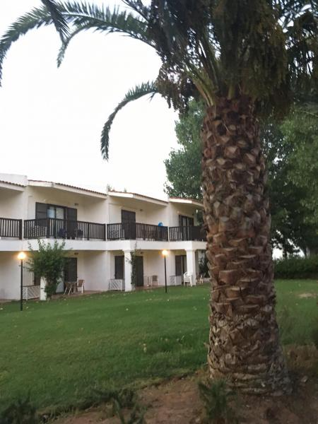 golden Coast Hotel Review
