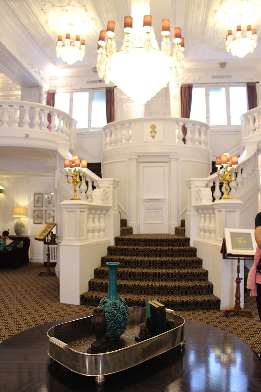 lobby: st Ermin's Hotel