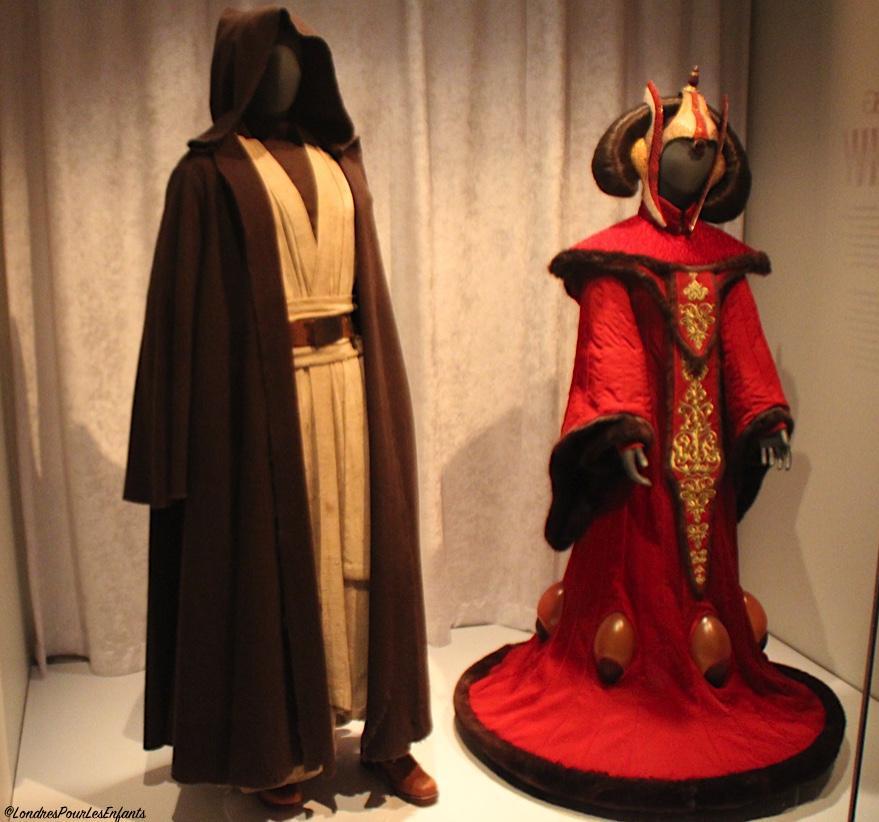 dressing a  galaxy Star Wars