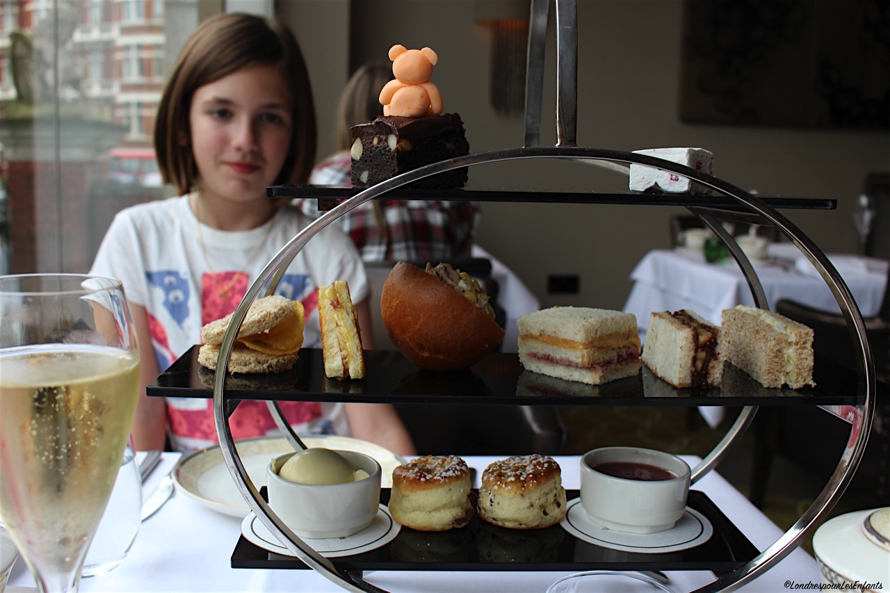 Afternoon tea at Royal Garden Hotel