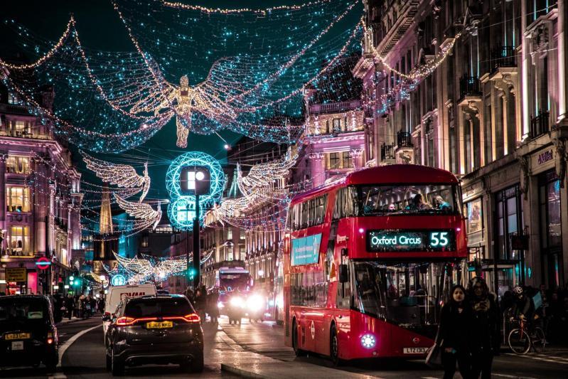 Les lumières de Noël arrivent à Londres