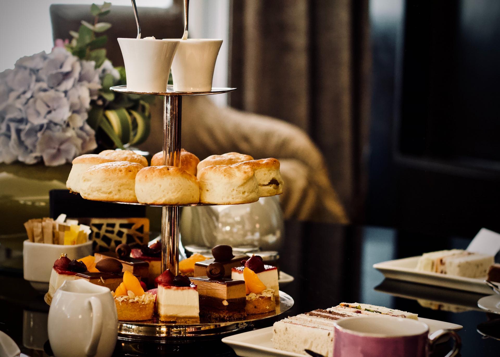 https://www.marriott.fr/hotels/travel/lonwt-the-westbury-mayfair-a-luxury-collection-hotel-london/