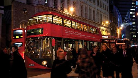 london-green-bus-i1.jpg