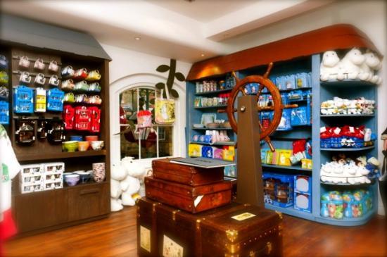 moomin-store-1-650x432.jpg