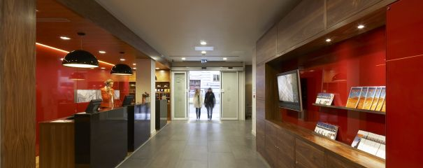 Pbanner citadines prestige holborn covent garden london reception 02
