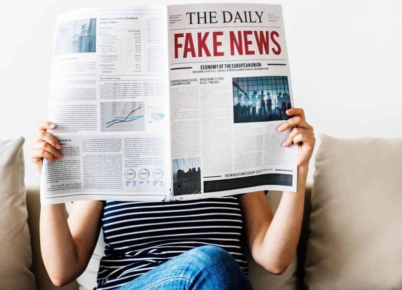 Comment traquer les Fake News quand celles-ci naissent aussi en cour de récréation ?