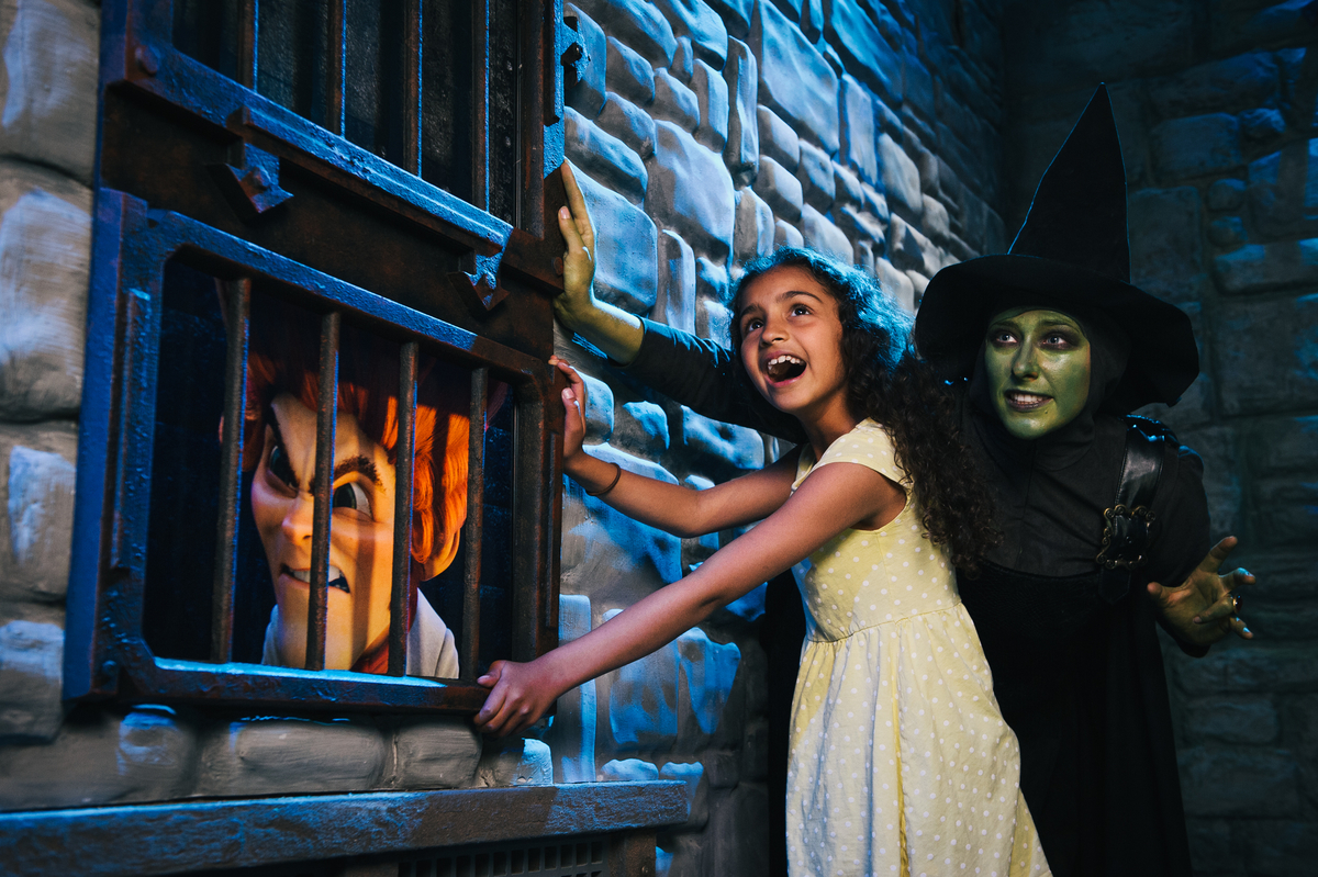 Shrek s adventure london rumpelstiltskin in dungeon